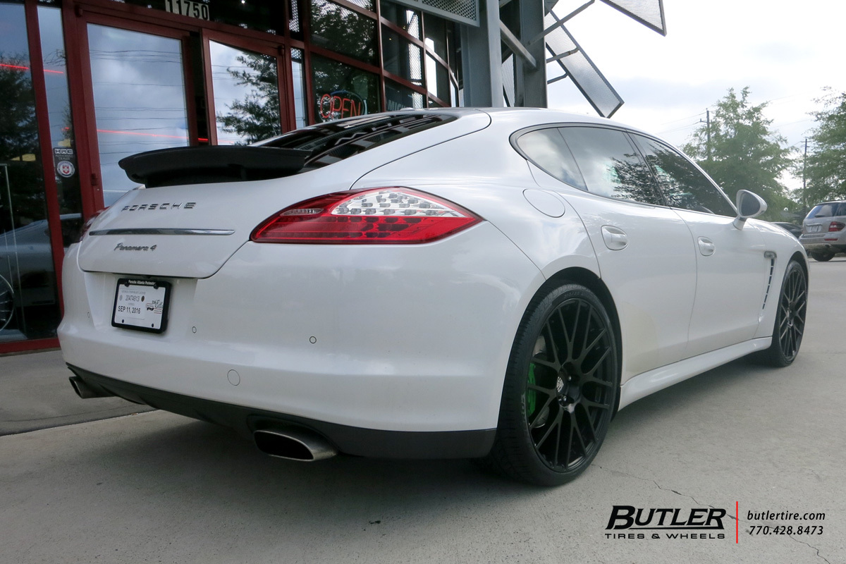 Porsche Panamera with 22in Victor Innsbruck Wheels