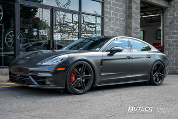 Porsche Panamera with 22in Vossen HF-1 Wheels