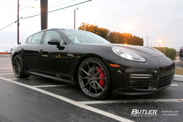 Porsche Panamera with 22in Vossen M-X2 Wheels