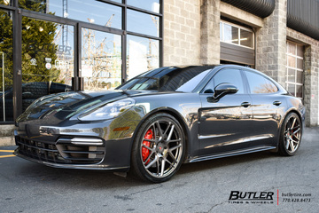Porsche Panamera with 22in Vossen VPS-315 Wheels