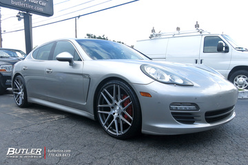 Porsche Panamera with 22in XO Moscow Wheels