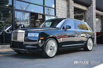 Rolls Royce Cullinan with 24in AG Luxury AGL43 Wheels