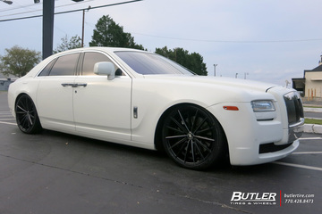 Rolls Royce Ghost with 22in Lexani Pegasus Wheels