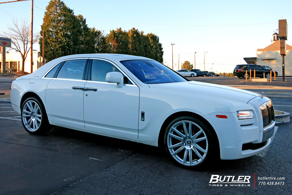 Rolls Royce Ghost with 22in TSW Gatsby Wheels exclusively ...
