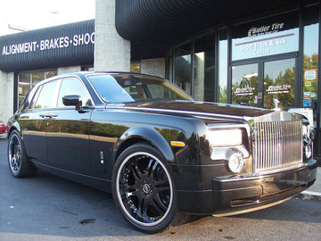 Rolls Royce Phantom with 24in ACK Black Wheels