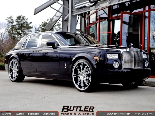 Rolls Royce Phantom with 26in Lexani LX 9 Wheels
