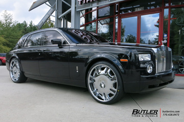 Rolls Royce Phantom with 26in Lexani Radiant Wheels