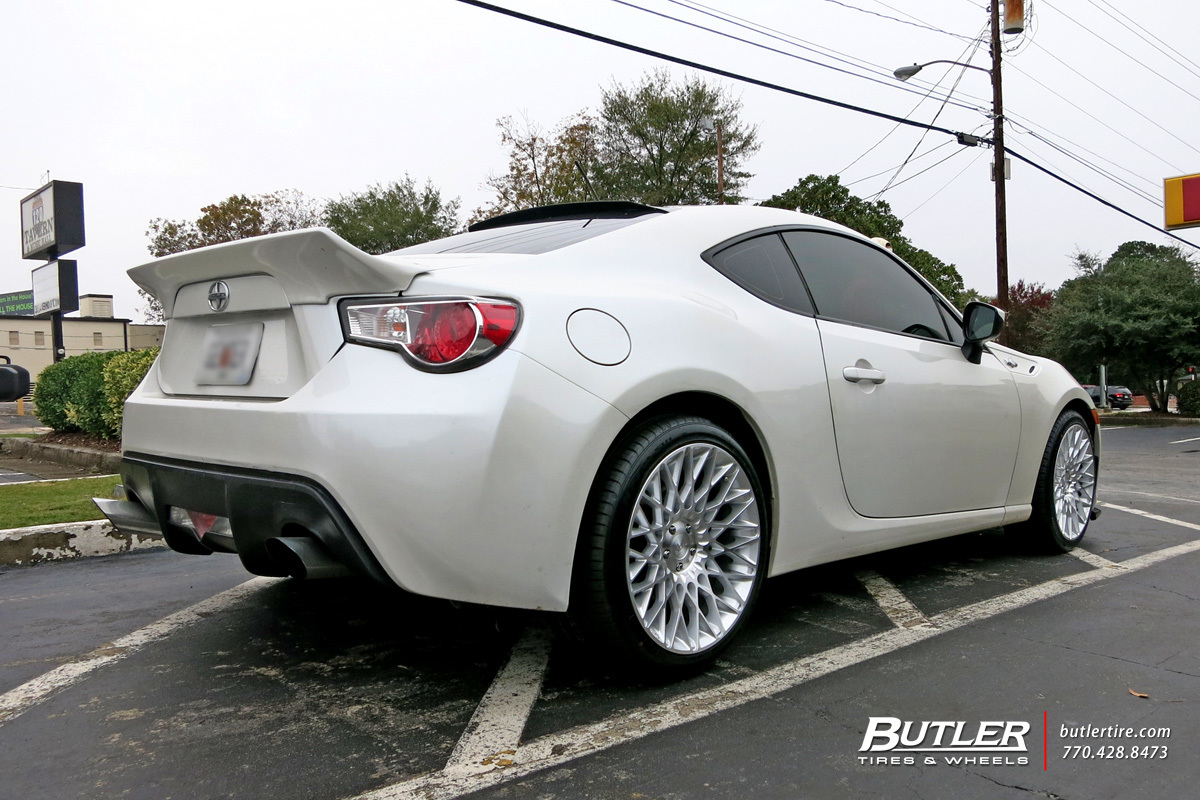 Scion FRS with 18in Niche Citrine Wheels