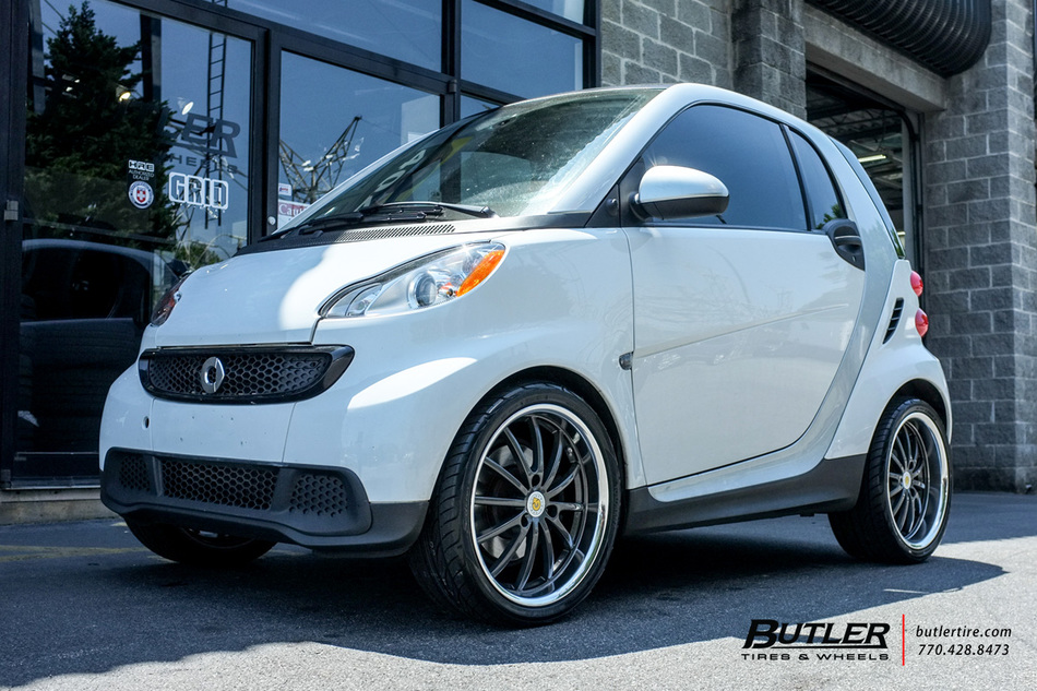 smart fortwo with 17in genius darwin wheels exclusively from butler tires and wheels in atlanta. Black Bedroom Furniture Sets. Home Design Ideas