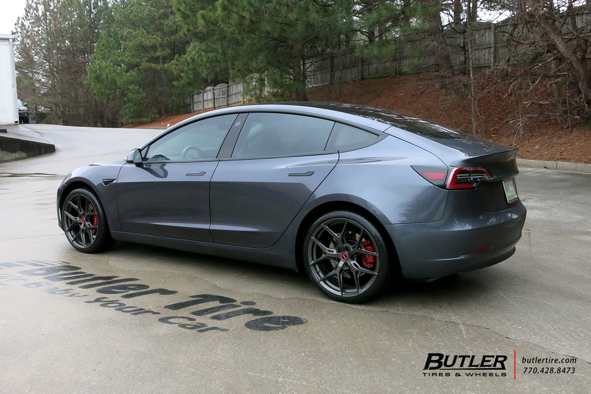 Tesla Model 3 with 20in Vossen HF-5 Wheels