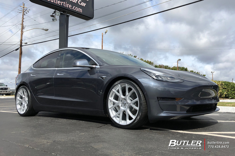 Tesla Model 3 with 20in Vossen VFS6 Wheels exclusively ...