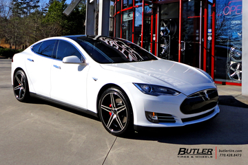 Tesla Model S with 20in Savini BM8 Wheels