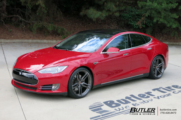 Tesla Model S with 21in Vossen HC-1 Wheels