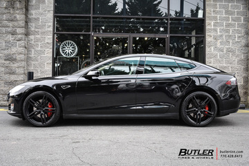 Tesla Model S with 21in Vossen HF-1 Wheels