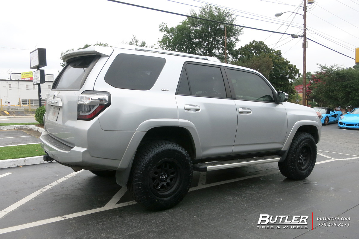 Toyota 4Runner with 17in Black Rhino Barstow Wheels
