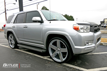 Toyota 4Runner with 24in Black Rhino Everest Wheels