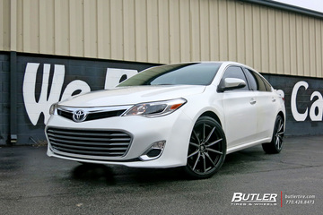 Toyota Avalon with 20in Lexani CSS10 Wheels