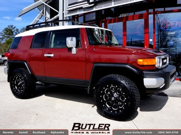 Toyota FJ Cruiser with 18in Fuel Boost Wheels