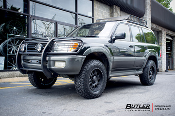 Toyota Land Cruiser with 18in Black Rhino Lucerne Wheels