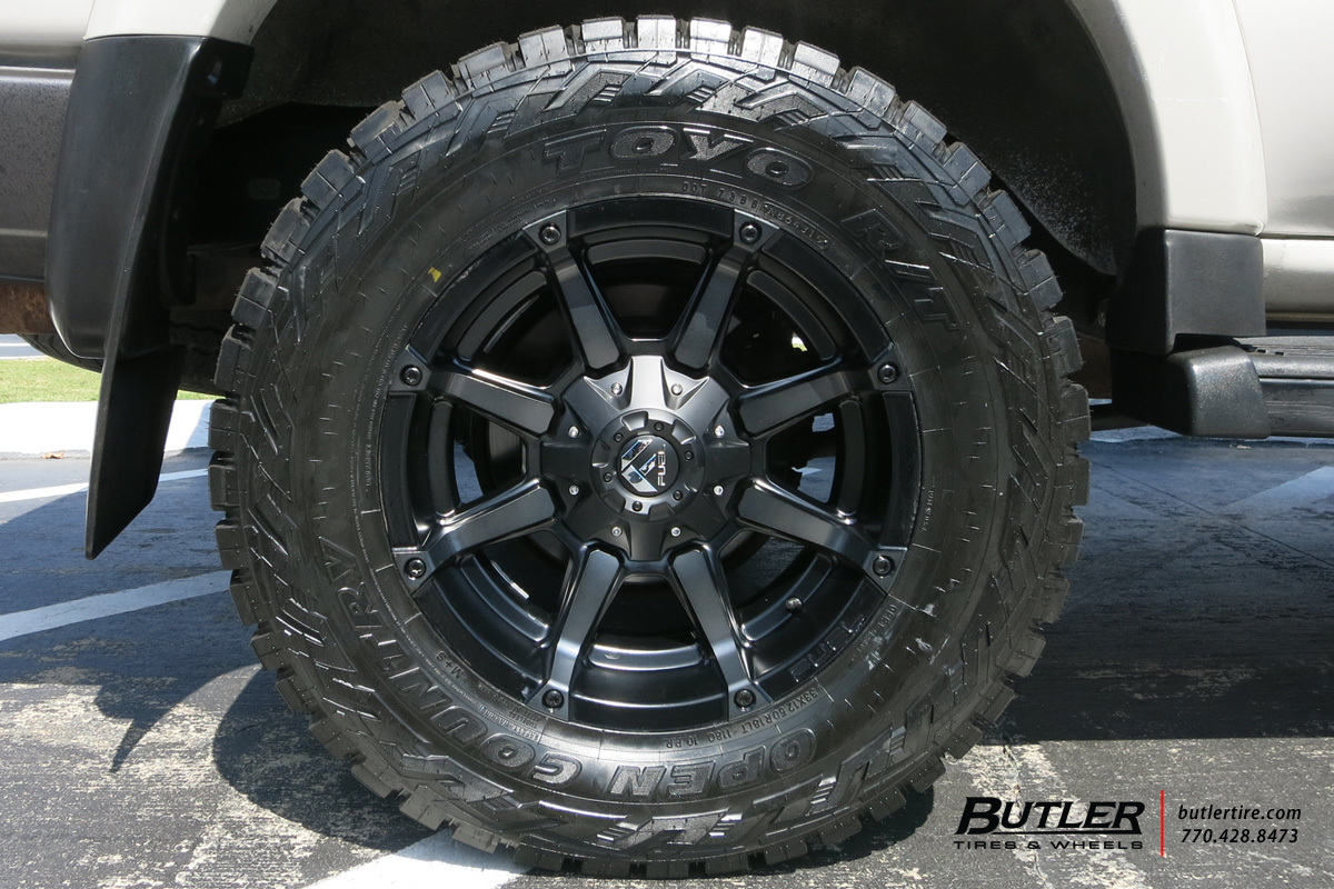 Toyota Landcruiser with 18in Fuel Coupler Wheels