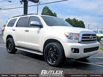 Toyota Sequoia with 20in Moto Metal 961 Wheels