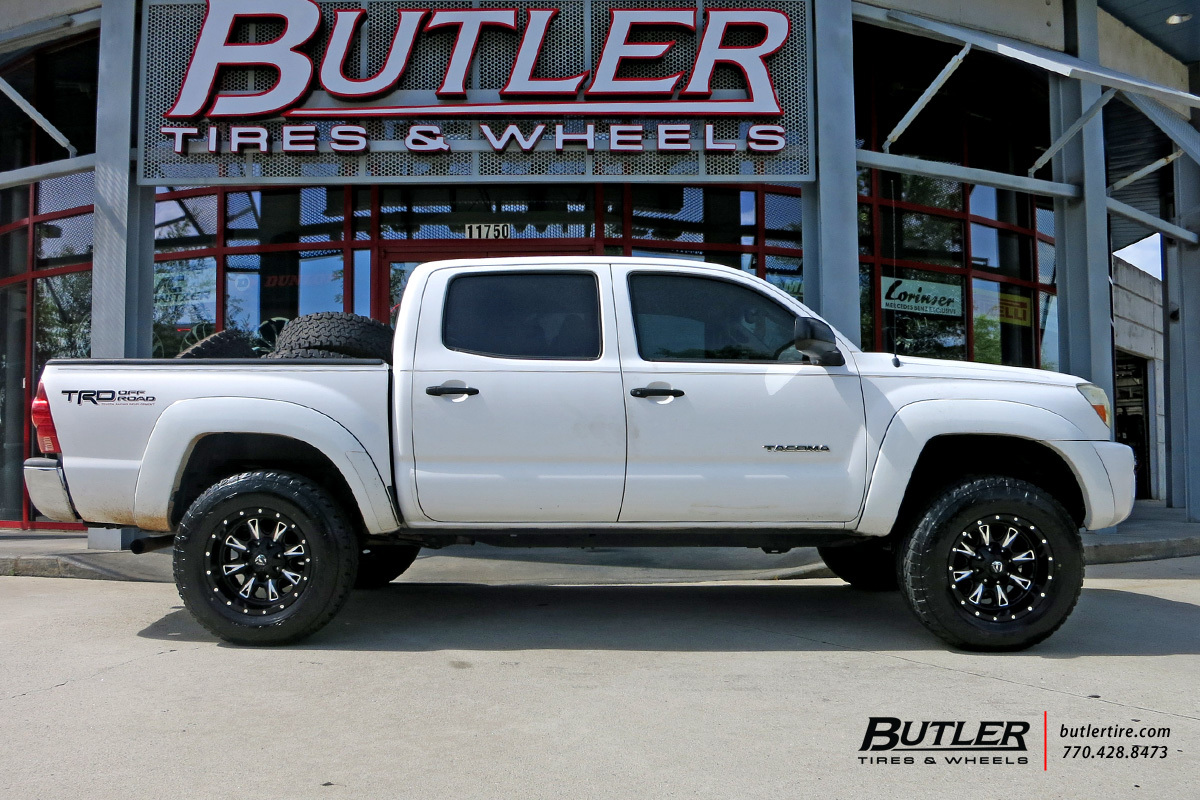 Toyota Tacoma with 17in Fuel Throttle Wheels