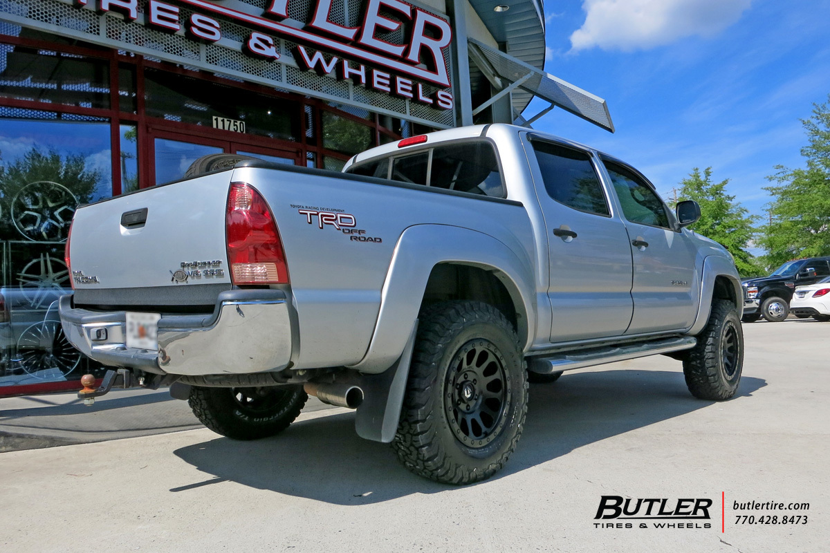 Toyota Tacoma with 17in Fuel Vector Wheels