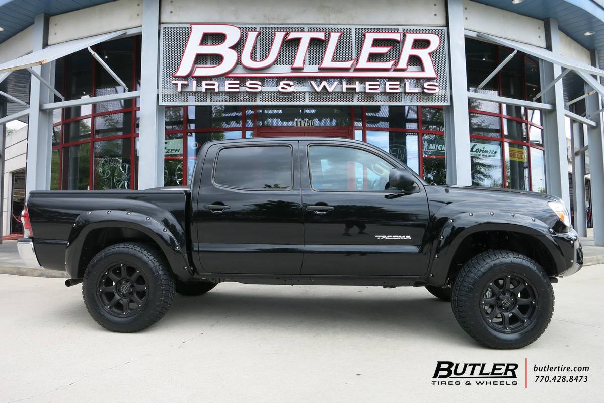 Toyota Tacoma with 18in Black Rhino Glamis Wheels