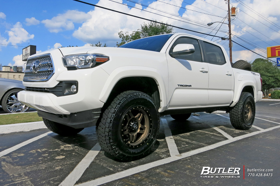 Toyota Tacoma With 18in Fuel Anza Wheels Exclusively From