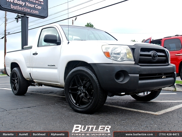 Toyota Tacoma with 20in Savini BM7 Wheels