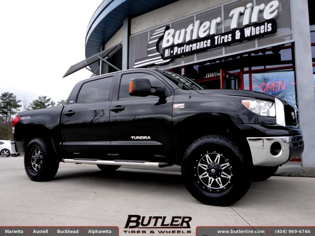 Toyota Tundra With 18in Fuel Hostage Wheels Exclusively