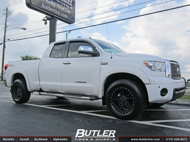 Toyota Tundra with 20in Black Rhino Mojave Wheels