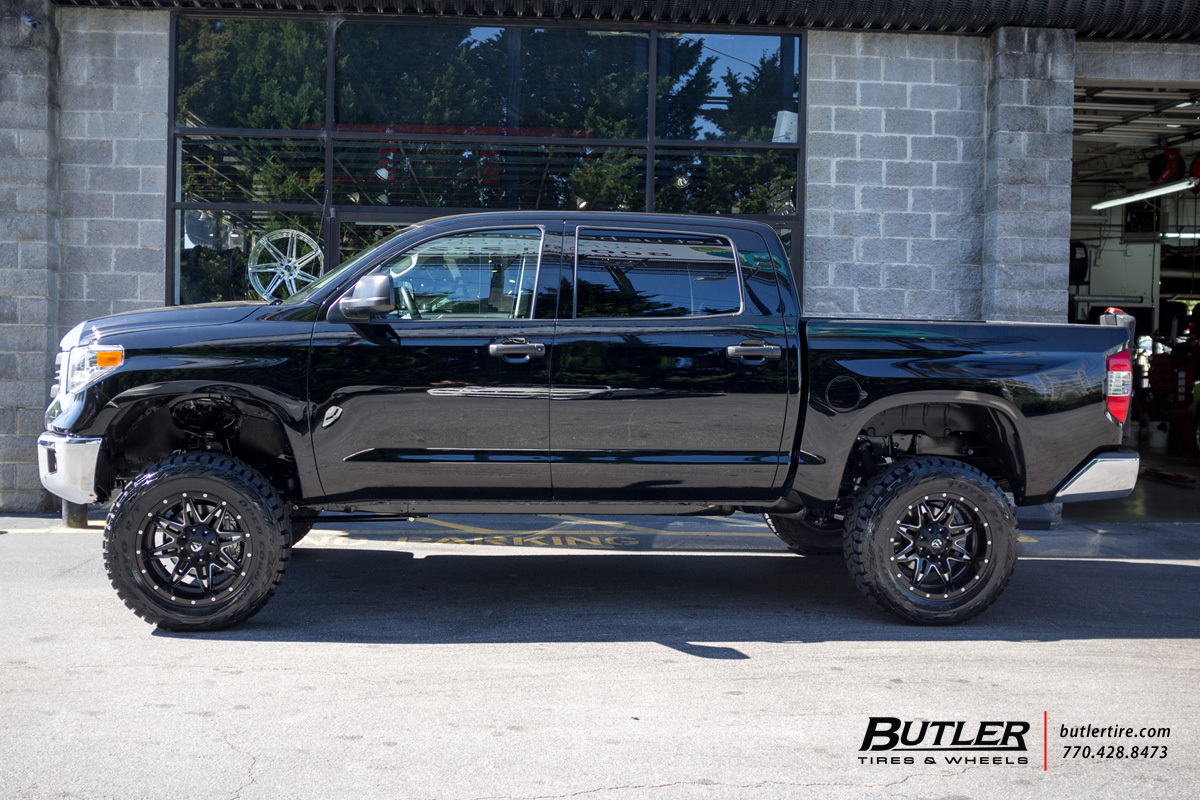 Toyota Tundra with 20in Fuel Lethal Wheels