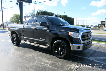 Toyota Tundra with 20in Fuel Pump Wheels