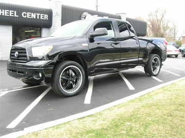 Toyota Tundra with 22in Driv Moonshine Wheels