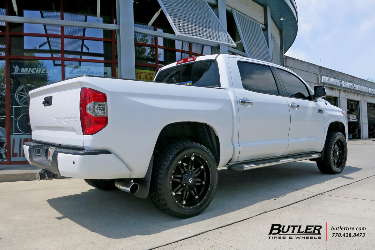 Toyota Tundra with 22in Fuel Hostage Wheels
