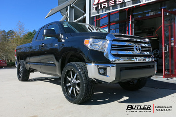 Toyota Tundra with 22in Fuel Maverick Wheels
