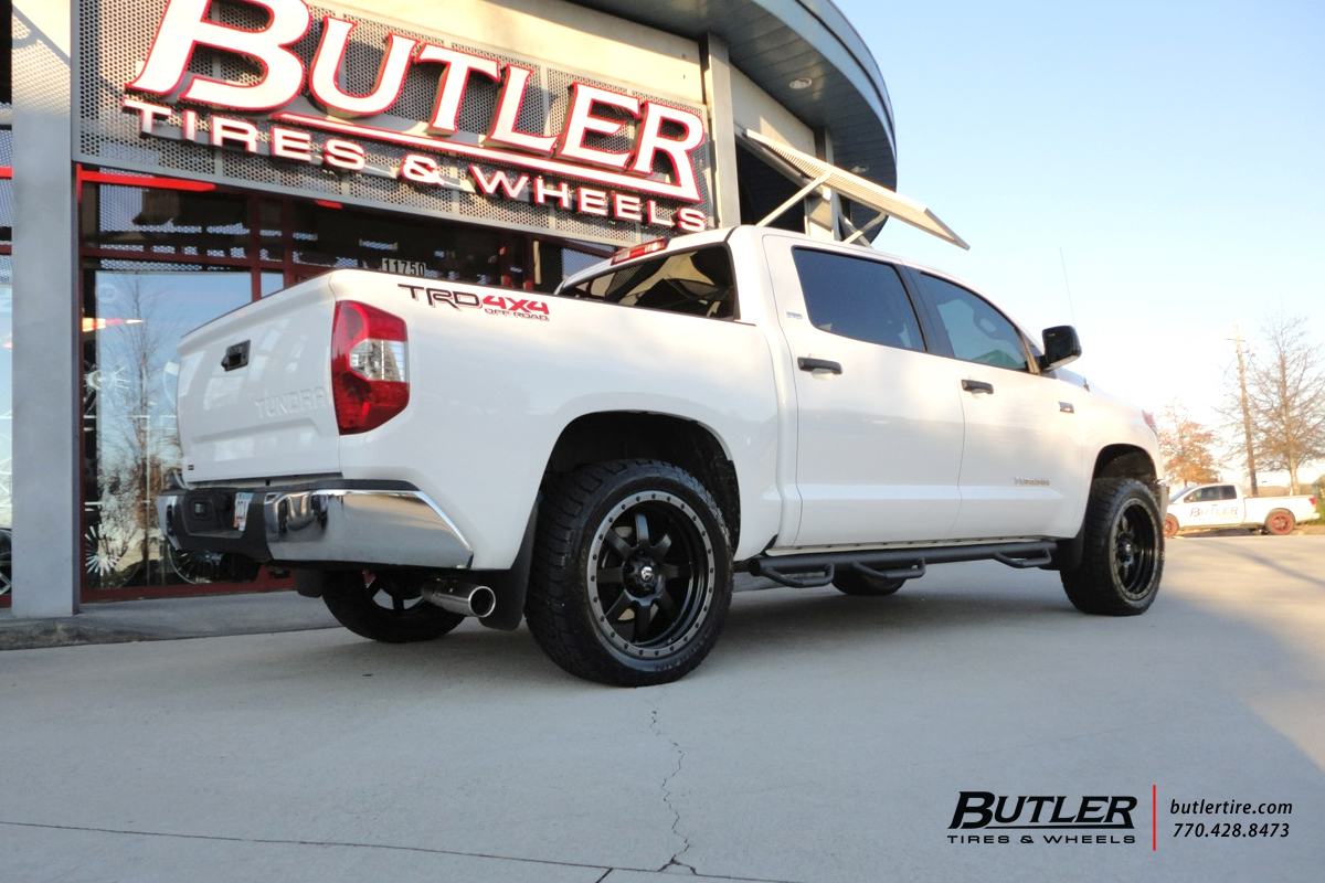Toyota Tundra with 22in Fuel Trophy Wheels
