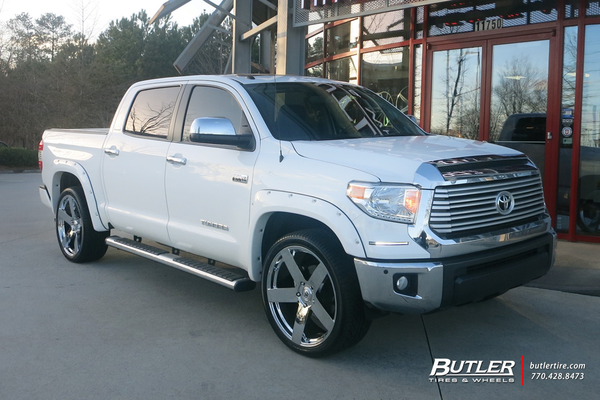 Toyota Tundra with 24in Black Rhino Everest Wheels