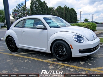 VW Beetle with 17in Montegi 118 Wheels