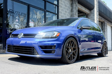VW Golf with 19in HRE FF01 Wheels