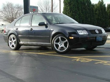 VW Jetta with 17in TSW Sting Wheels