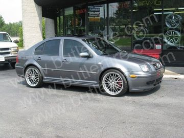 VW Jetta with 18in Axis Penta Wheels
