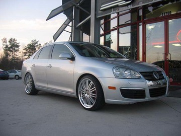 VW Jetta with 19in August Werke Wheels
