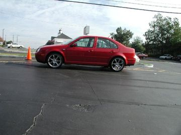 VW Jetta with 19in Axis Se7en Wheels