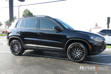 VW Tiguan with 19in Savini BM13 Wheels