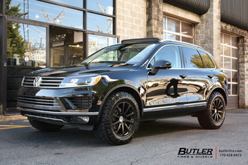 VW Touareg with 18in Victor Zehn Wheels
