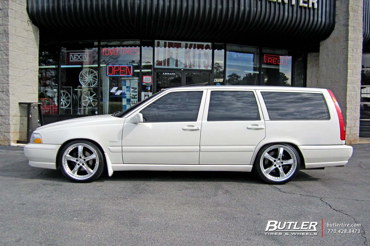 Volvo V70 with 18in TSW Jarama Wheels