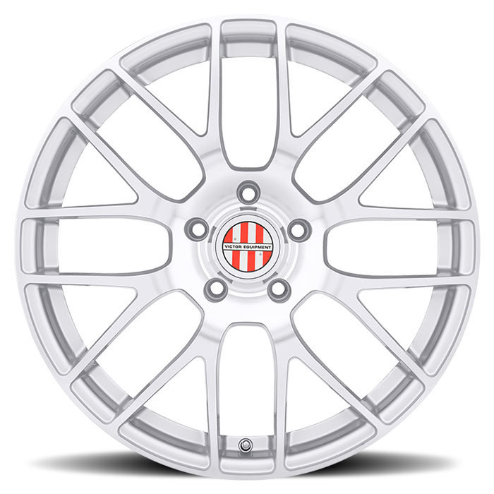 Victor Equipment Innsbruck Silver with Mirror Cut Face and Chrome Lip Porsche Wheels - Face