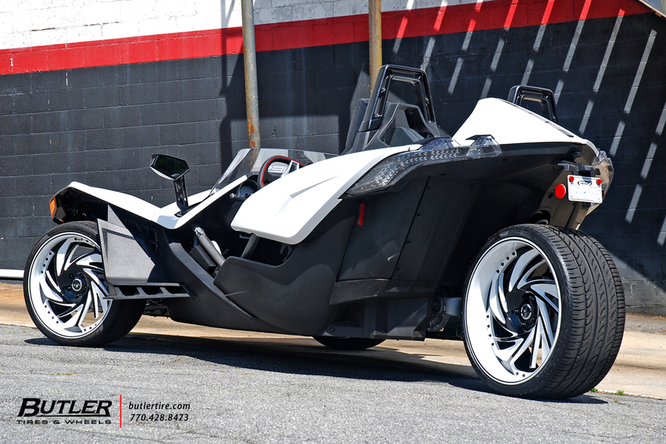 Polaris slingshot on custom 22in savini diamond carpi for Mercedes benz slingshot